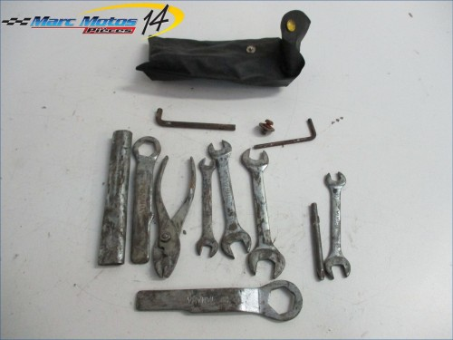 TROUSSE A OUTILS YAMAHA 750 FZX  1990