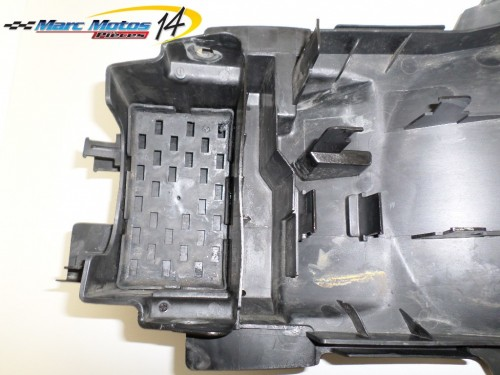 SUPPORT BATTERIE SUZUKI 650 SV N 2003