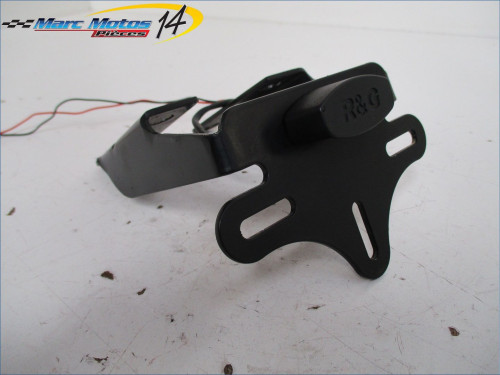 SUPPORT DE PLAQUE YAMAHA FZ1 N 2010