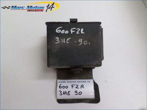SUPPORT BATTERIE YAMAHA 600 FZR  1990