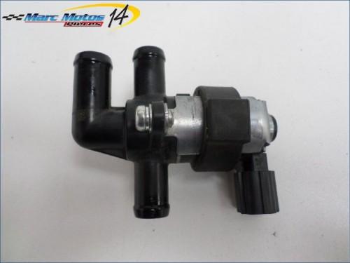 CLAPET DE RECYCLAGE DES GAZ HONDA CB650F ABS 2014