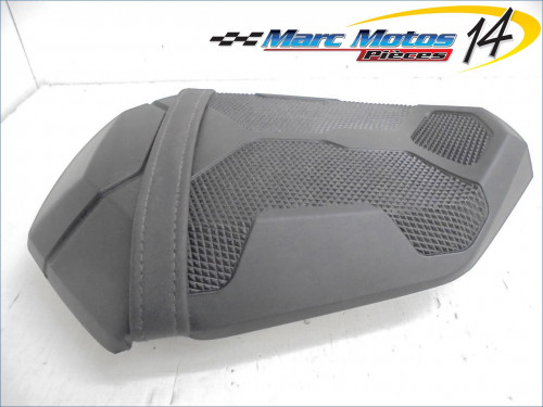 SELLE ARRIERE YAMAHA MT07 MOTO CAGE 2015