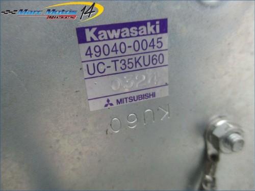 POMPE A ESSENCE KAWASAKI Z1000  2011