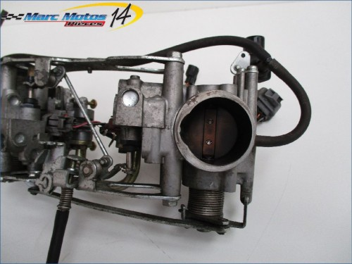 RAMPE D'INJECTION HONDA 1000 VARADERO ABS 2005