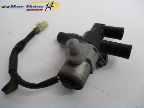 CLAPET DE RECYCLAGE DES GAZ YAMAHA FZ8 2012