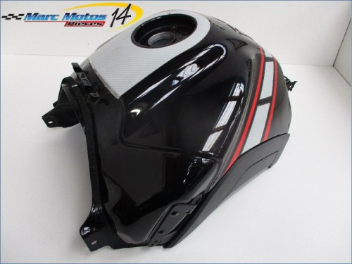RESERVOIR D'ESSENCE YAMAHA FZ8  2012
