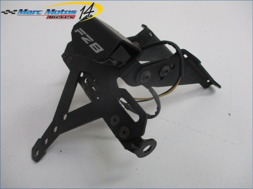 SUPPORT DE PLAQUE YAMAHA FZ8  2012